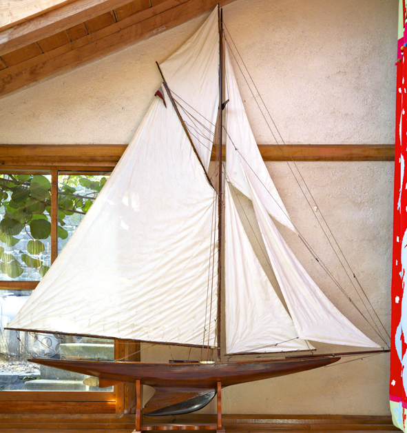 10 rater class model racing yacht